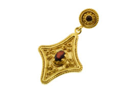 Gold Plated Traditional Silver Pendant With Garnets