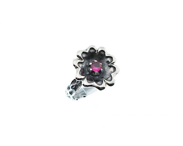 Οξινταρισμένο Δαχτυλίδι με Ρούμπι